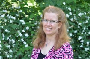 American English pronunciation and phonics expert Martha Bashir