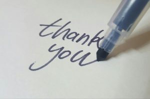 build connection English say thank you