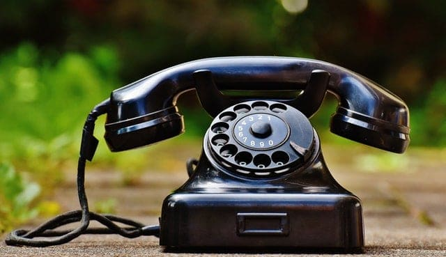 English phone calls polite hang up