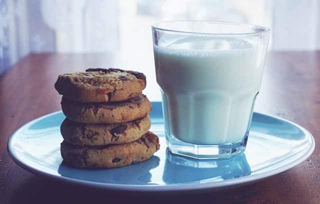 to milk something in English vocabulary tutorial